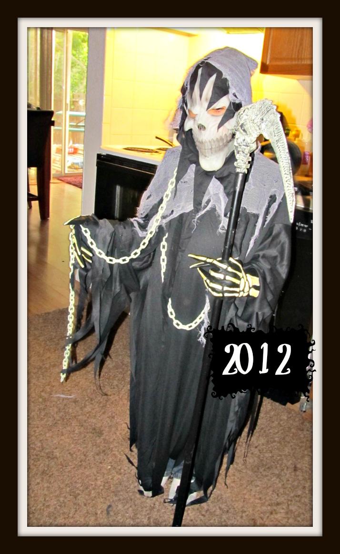 spirit halloween top costumes 2012