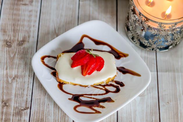 Strawberry Marshmallow Pound Cake w Chocolate Sauce (2 of 4)