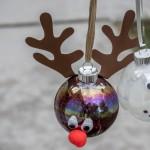 DIY Christmas Glitter Ornaments
