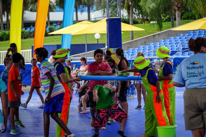 SeaWorld Summer Soak Party (7)