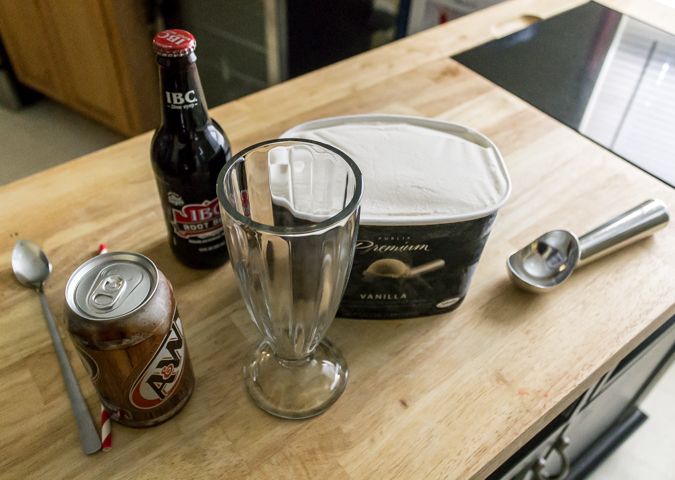 national root beer float day (1)