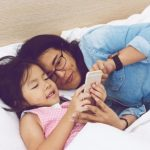 4 Smartphone Features Every Mom Needs