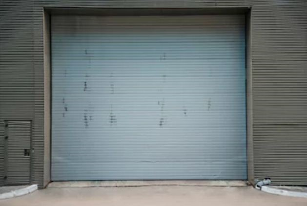 Awesome Take A Good Look At The Overhead Doors On Your Commercial Warehouse. Is It  Time To Invest In New Ones? If Any Of These Four Conditions Apply, ...